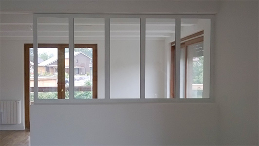 verriere blanche cheap verrire duintrieur blanche tle. Black Bedroom Furniture Sets. Home Design Ideas